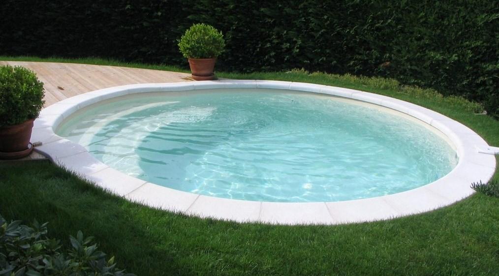coque piscine brignoles