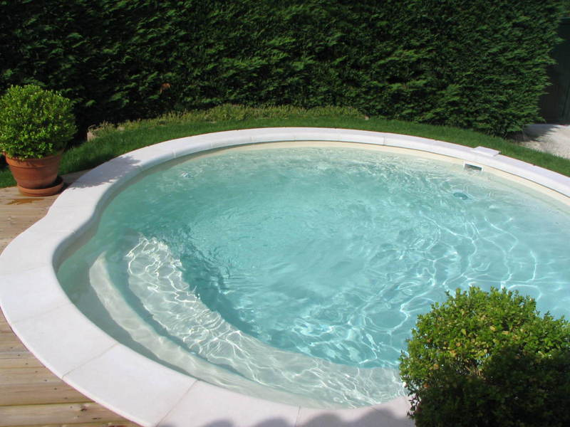 coque polyester alliance piscine mod le nacre sur brignoles pisciniste brignoles piscines plus. Black Bedroom Furniture Sets. Home Design Ideas
